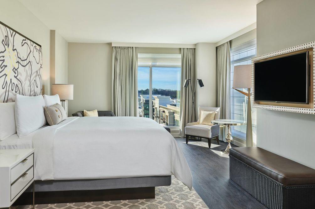Hotel at Avalon Room